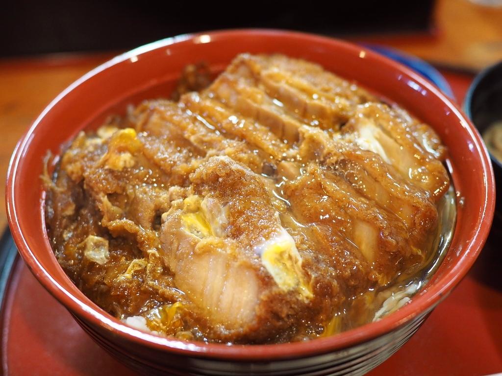 うどん屋さんなのに全員がカツ丼を食べている福岡県民から絶大に支持されている凄まじい人気店! 福岡県大野城市 「狐狸庵(こりあん)」