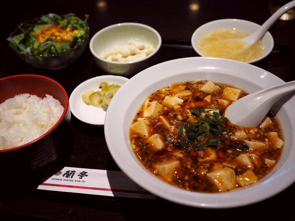 サラサラ酢豚で有名な台湾家庭料理店の麻婆豆腐は旨味が濃厚で病みつきの美味しさです! 谷町九丁目 「蘭亭」