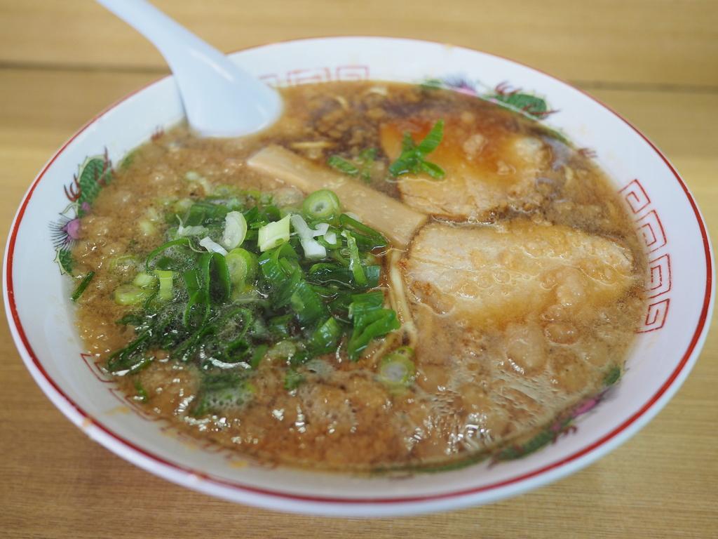 広島市内で美味しい尾道ラーメンが食べられる大人気のお店! 広島市 「味億」