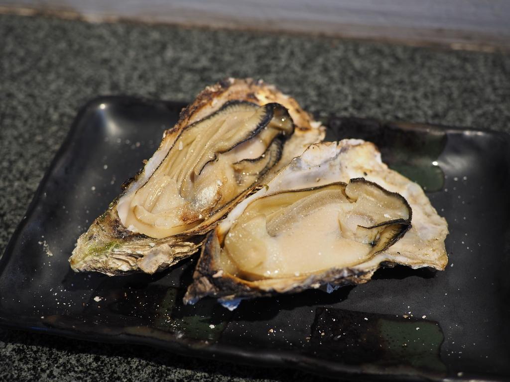 牡蠣の様々な料理が堪能できる宮島の牡蠣料理専門店! 広島県 「牡蠣屋」