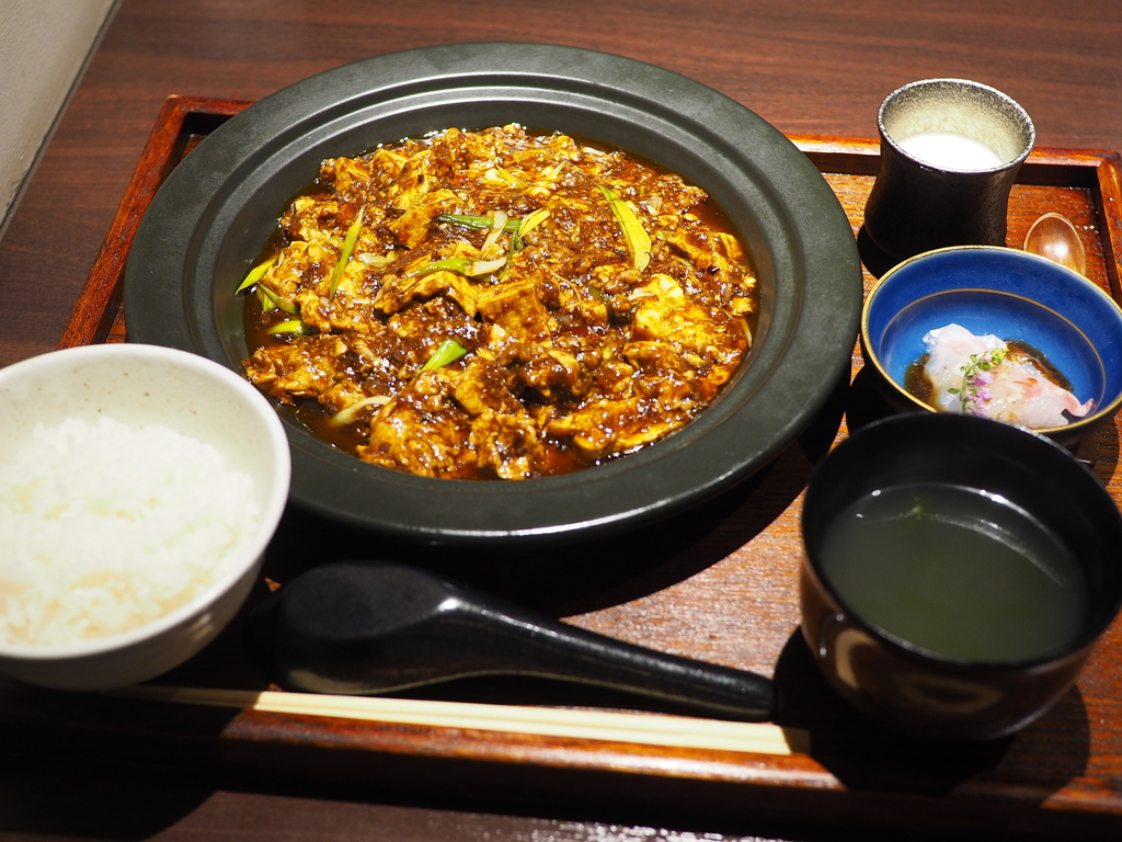 北新地の隠れ家創作中華で高級感溢れる味わいの麻婆豆腐ランチ! 北新地 「MUSE」