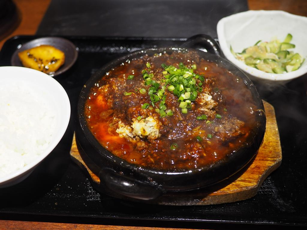 大人気焼肉店の期間限定の牛タンミンチたっぷりの麻婆豆腐ランチは悶絶級の美味しさです! 西区土佐堀 「万両 肥後橋店」