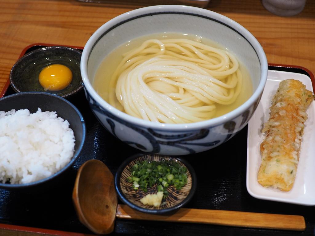 讃岐の名店出身のご主人による超ハイレベルの熟成麺とお出汁に感動! 堺筋本町 「うどん処 重己」