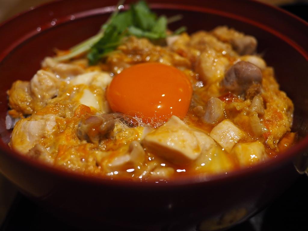 感動的に旨い!素材と味にこだわり抜いた超贅沢親子丼! 吹田市千里山西 「鴨と醸し 鼓道」
