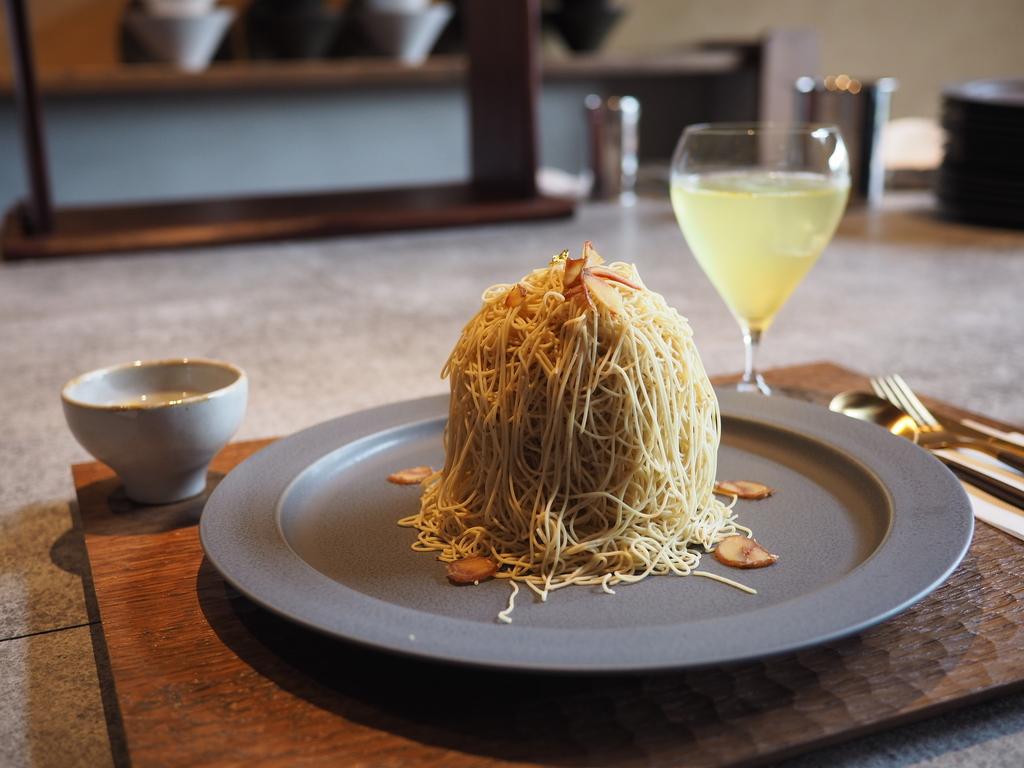 和栗スイーツ専門店の超贅沢最高級モンブランは感動的な美味しさです! 京都市下京区 「和栗専門 紗織 (さをり)」