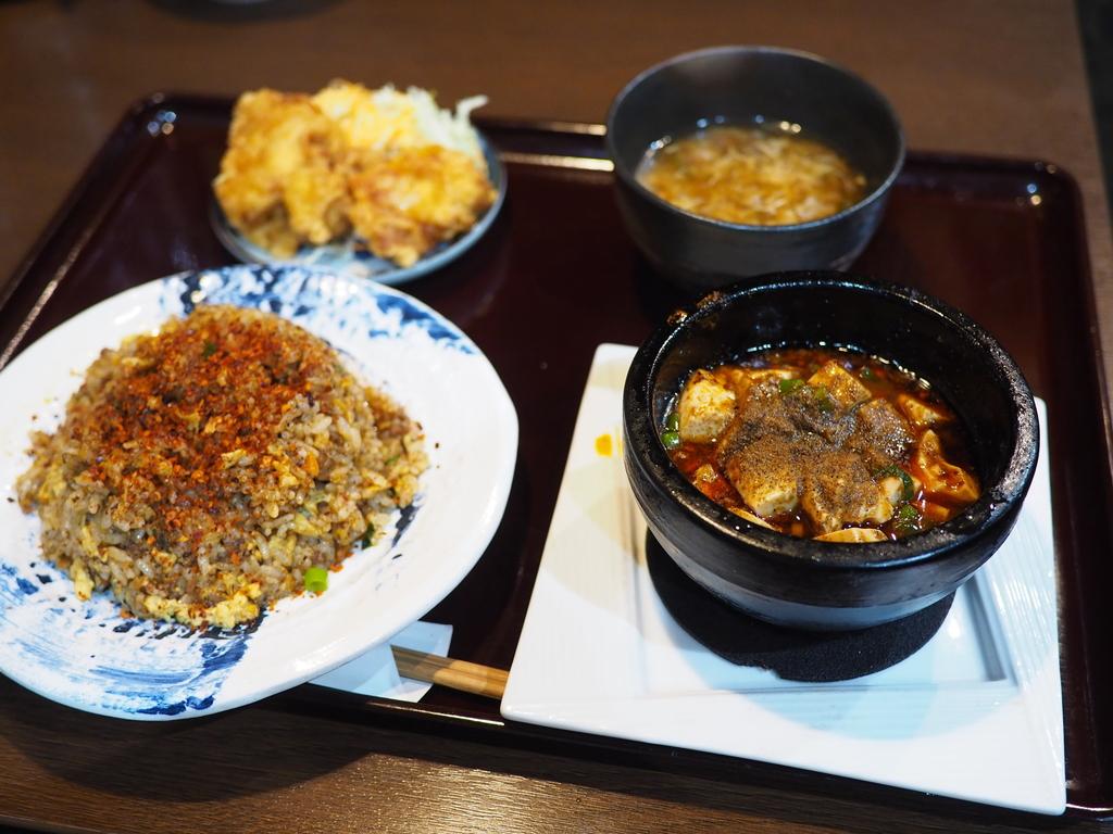 旨みたっぷりの麻婆豆腐と辛いチャーハンの組み合わせは完全に病みつきになる美味しさです! 谷町四丁目 「四川麻婆 天天酒家 谷町店」