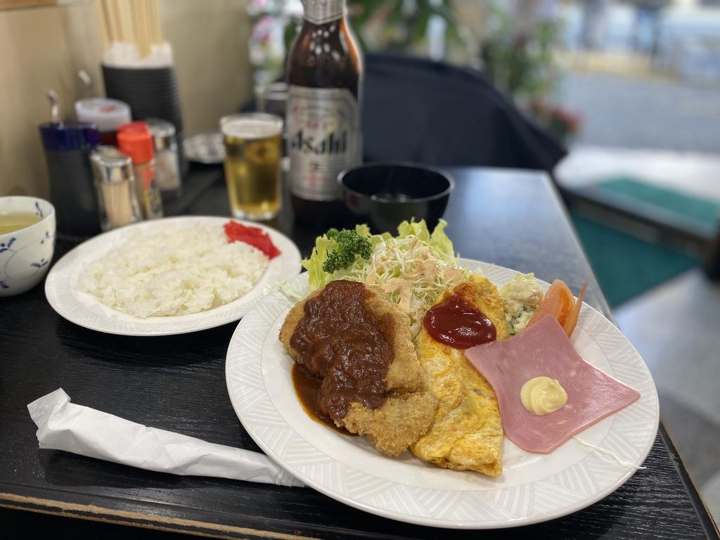 地元客に絶大に支持されている観光地にある創業67年の老舗食堂! 天保山 「かどや」