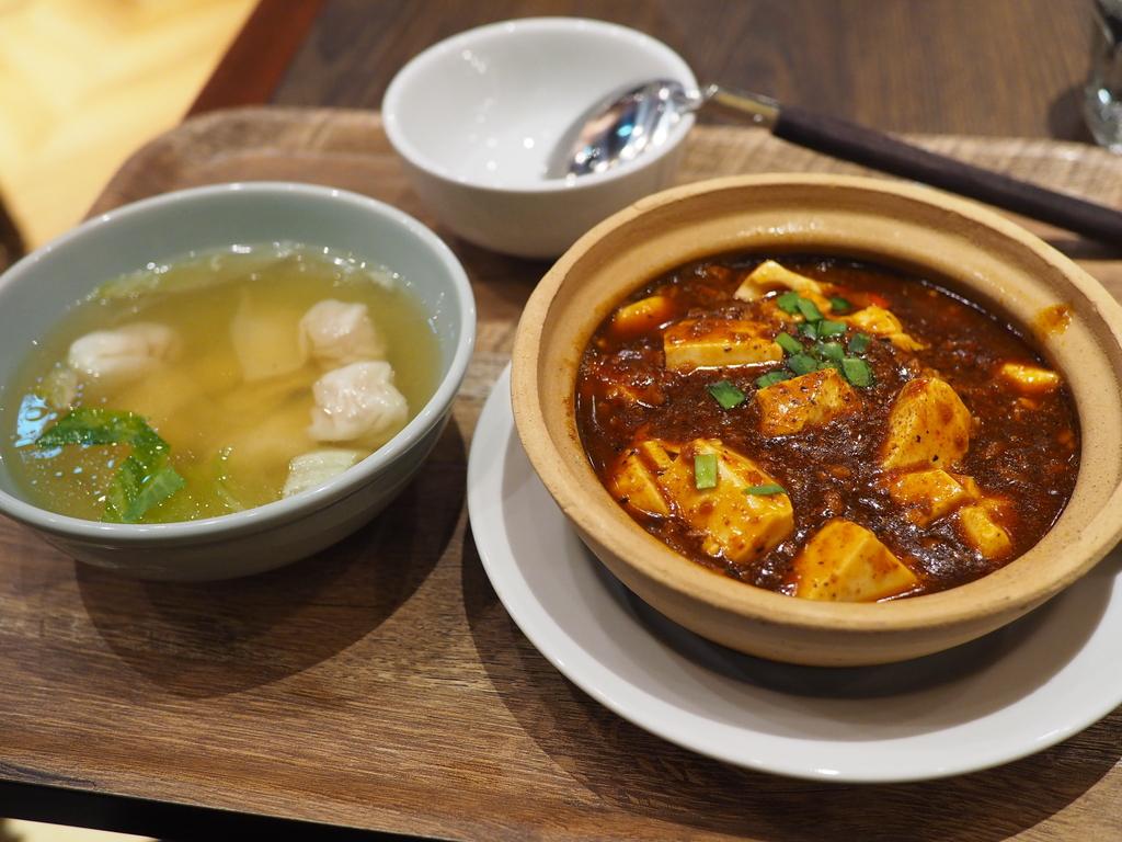 人気中華チェーンの麻婆豆腐は安定の美味しさです! 梅田 「紅虎餃子房 LINKS UMEDA店」