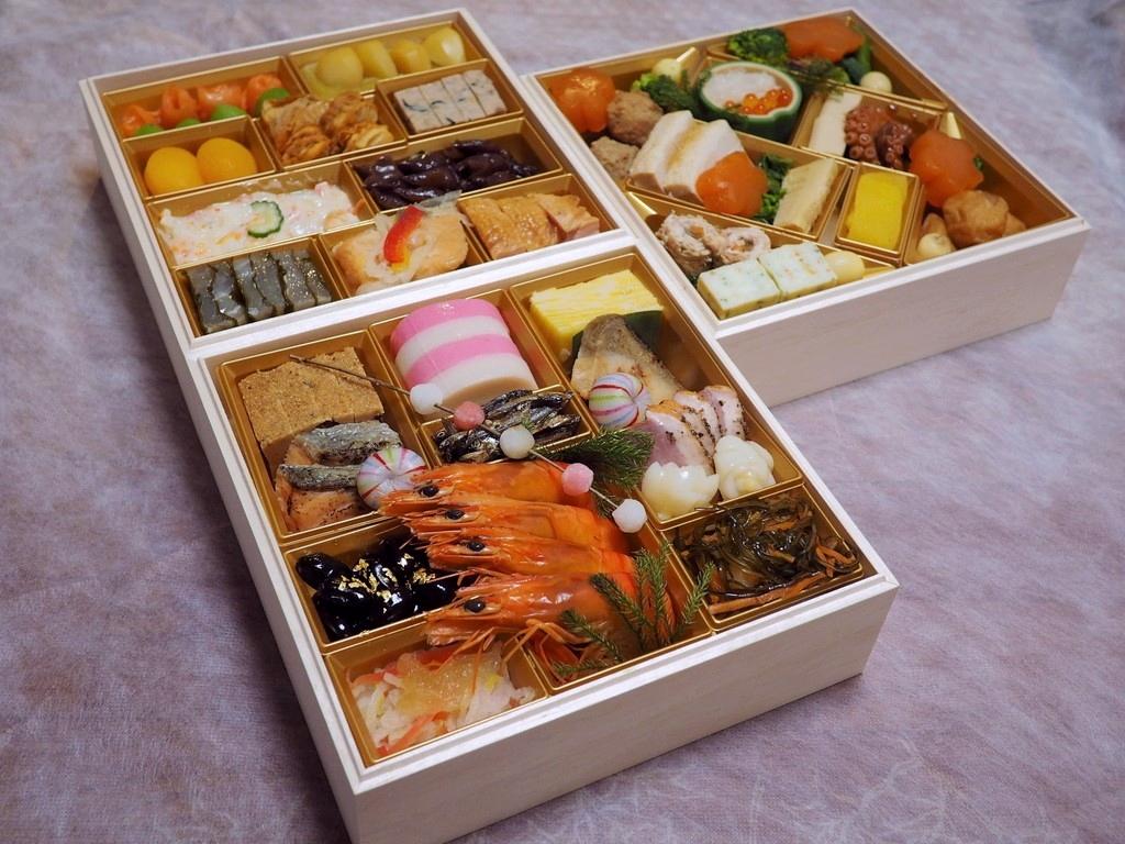2020年のおせち・・・富山の料理旅館のおせちは味付けが抜群でした!