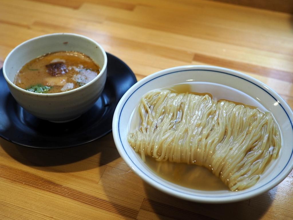 麺もつけ汁も感動的に旨い『サンマ水つけ麺』と『塩つけ麺』 東大阪市 「麺や 清流」