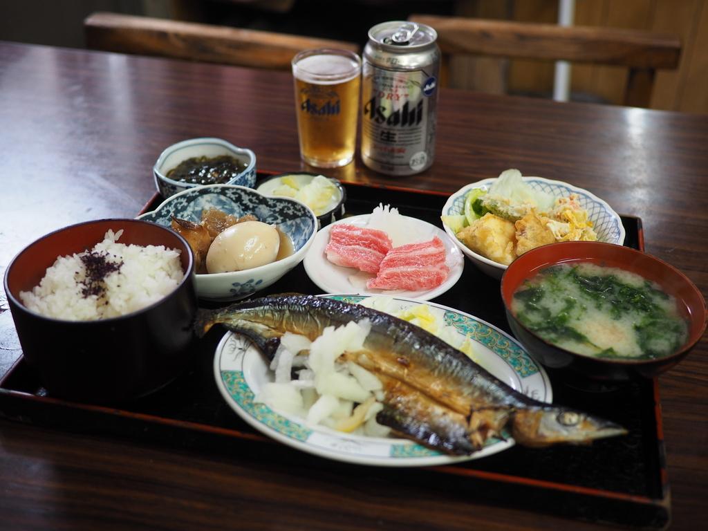 昭和の空気が流れる癒しの大衆食堂で驚きのコスパの魚定食! 天王寺 「お食事処 マルミヤ食堂」