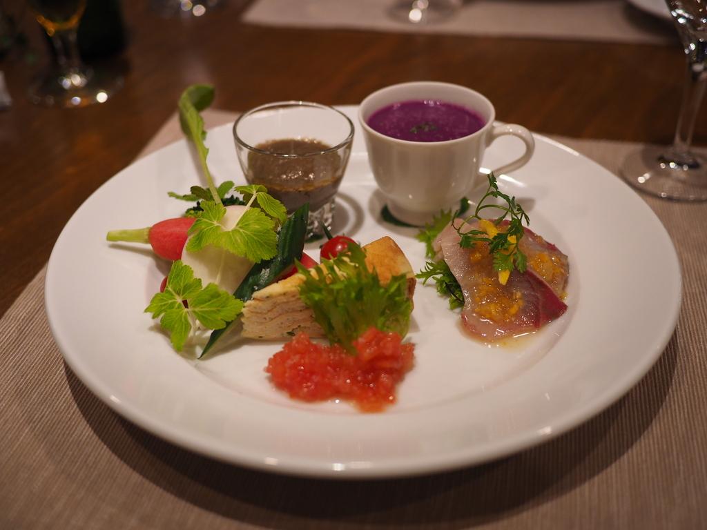 居心地抜群の一軒家レストランで絶品フレンチがビックリするほどリーズナブルにいただけます! 東大阪市 「Patati Patata(パタティパタタ)」