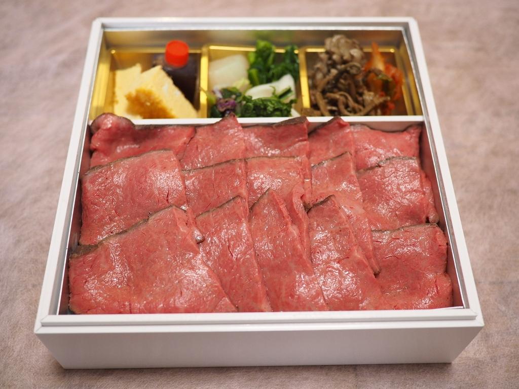 高級肉割烹の絶品黒毛和牛ローストビーフ重!週末くらいはちょっと贅沢なテイクアウトが食べたいですね(^^ 西宮市 「肉 阿久」