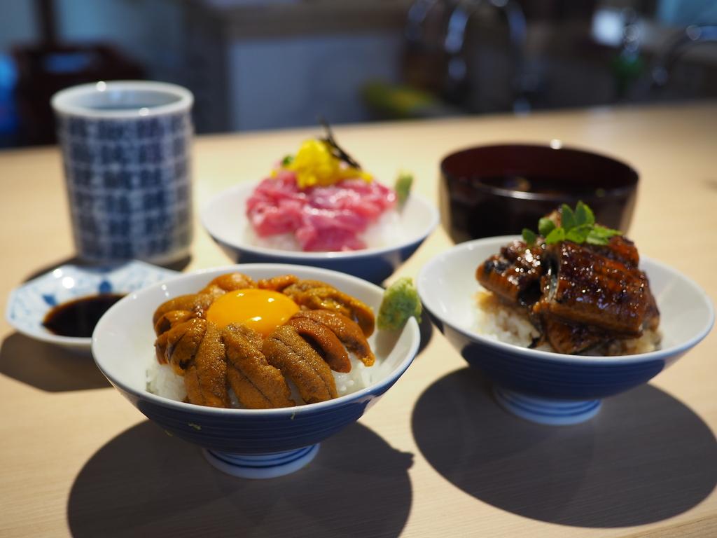朝7時から鮮度抜群の豪華な海鮮丼がありえないほどリーズナブルな価格で楽しめます! 天王寺 「すしセンター裏天王寺」