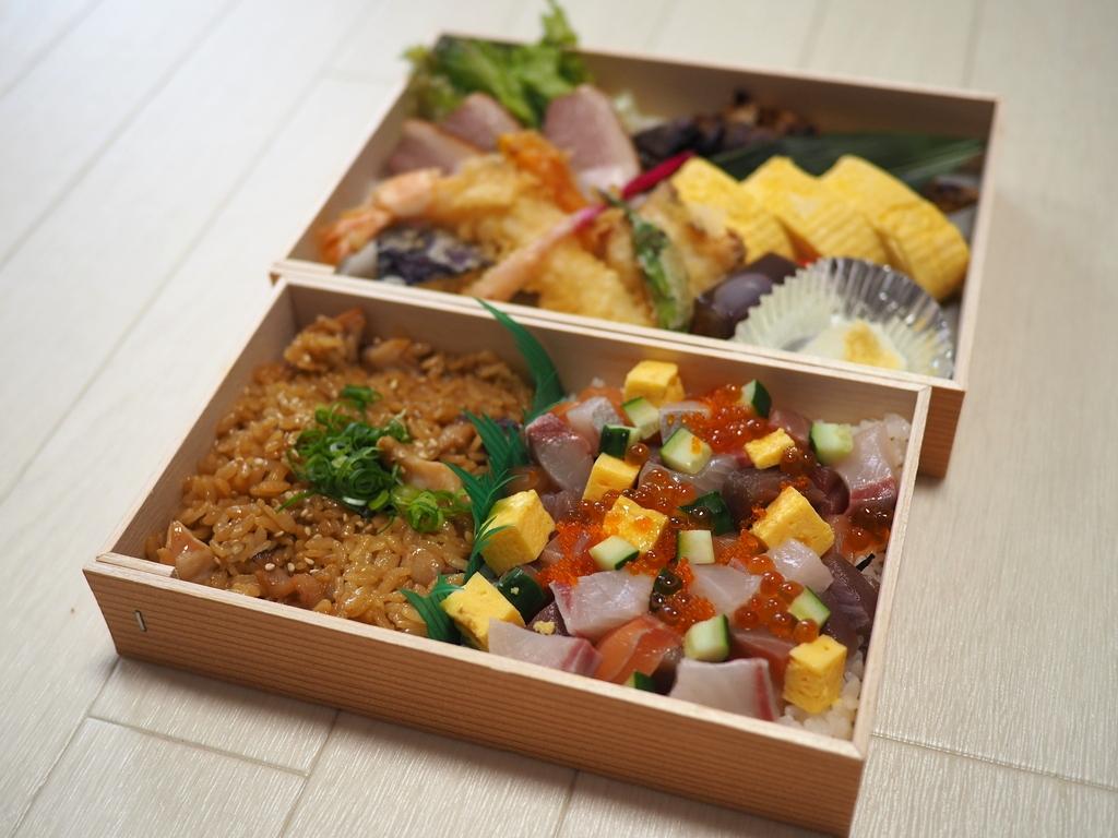 海鮮料理が安くて旨い人気居酒屋のテイクアウトはさらに安くてお得で満足感が高いです! 江坂 「江坂海鮮食堂おーうえすと」