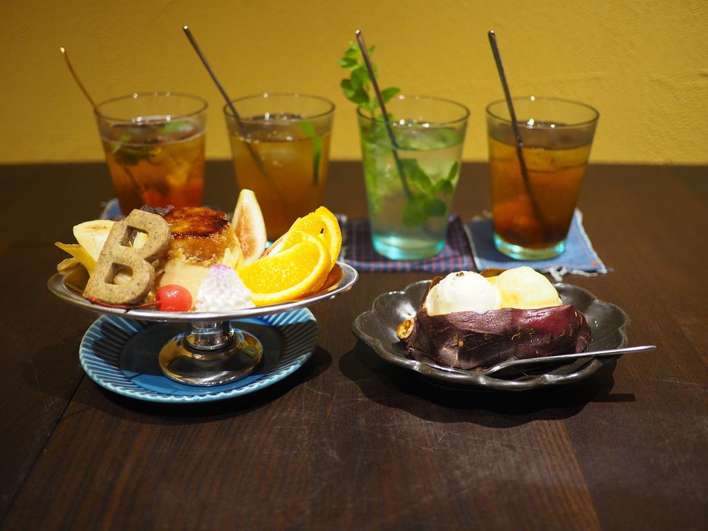 行列が出来る焼き芋スイーツ専門店の姉妹店が梅田にオープン! 梅田エスト 「蜜香屋 BATATAS」