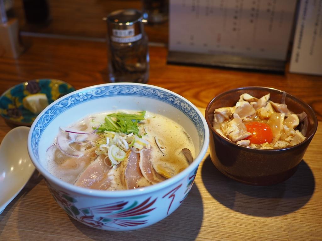 豊中の大人気店の姉妹店の完成度の高い鶏白湯専門店がオープンします! 東大阪市 「島田製麺食堂鶏白湯専門店」