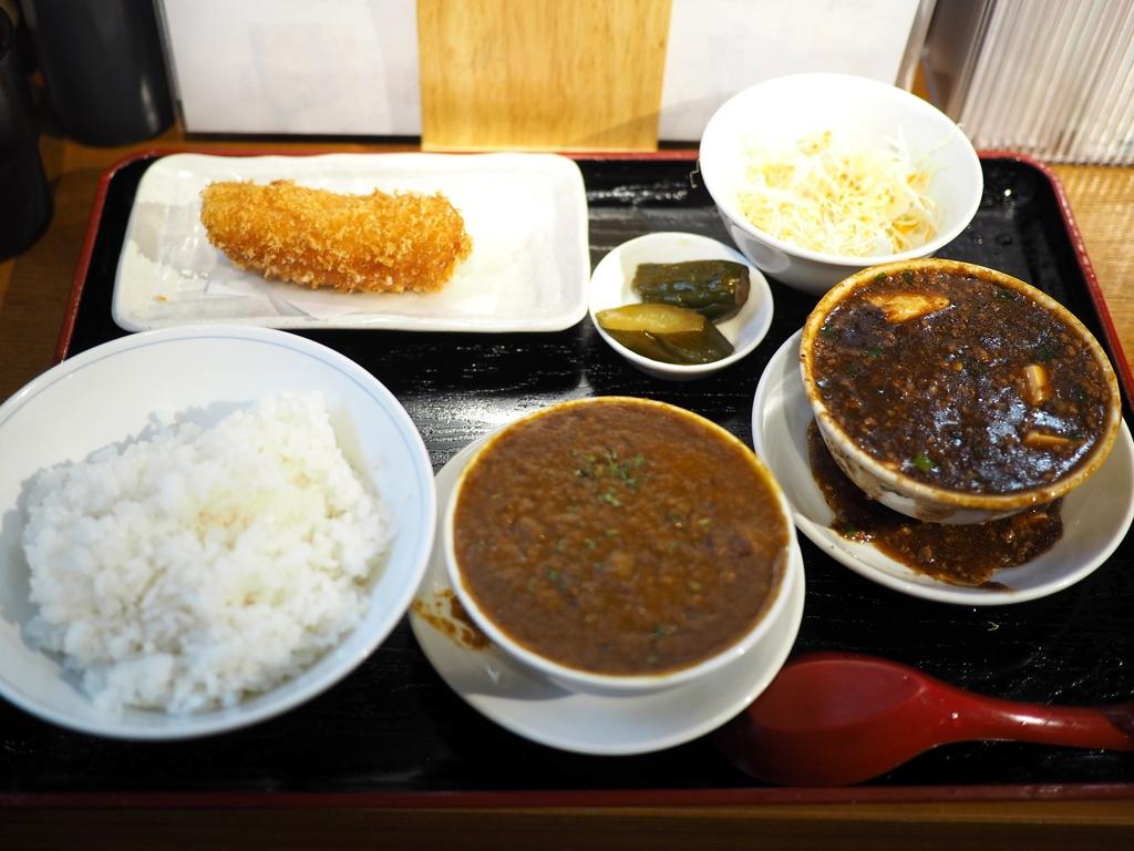 大人気居酒屋の名物料理ばかりが食べられる素晴らしくお得なランチセット! 大阪駅前第3ビル 「堂山食堂 3号店」