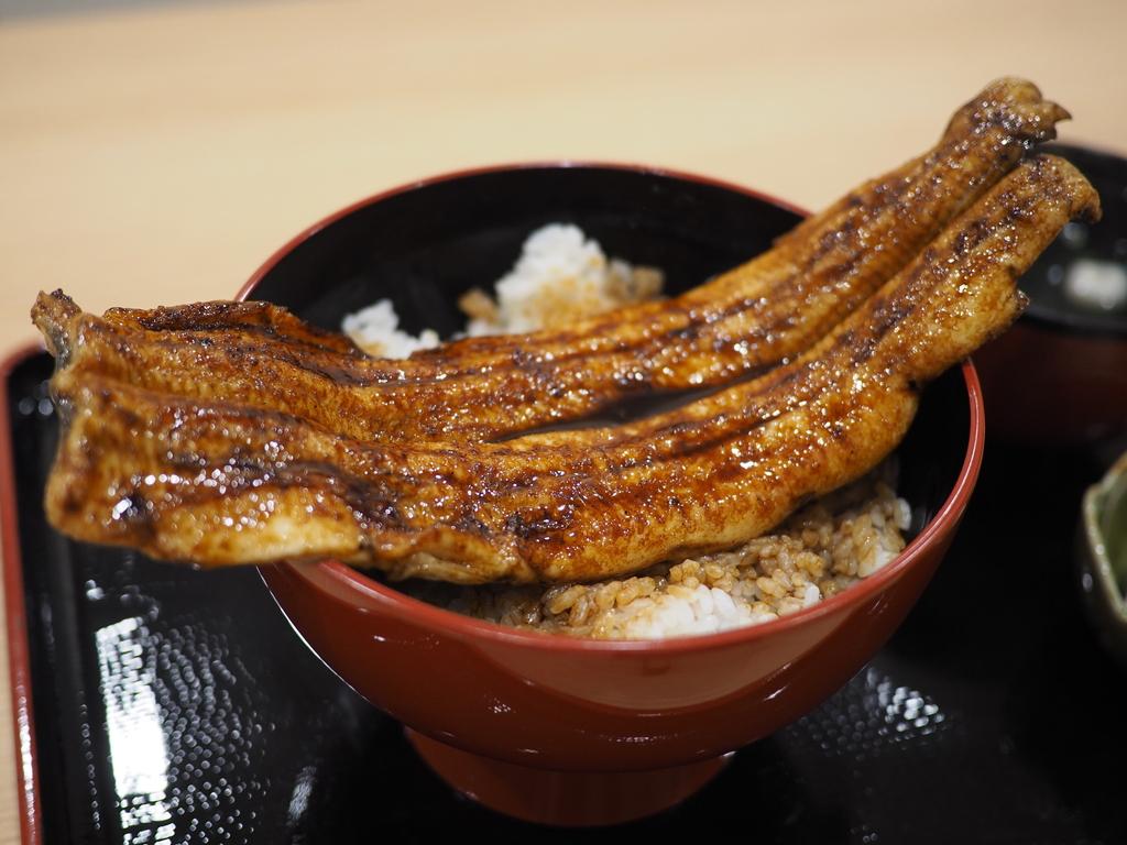 非常にクオリティーの高い国産うなぎ丸ごと一匹のうな丼が信じられないほどリーズナブルにいただけます! 福島区 「一色産地焼き鰻 福乃城」
