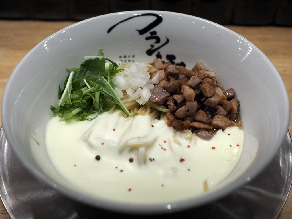 トロトロのチーズがたっぷり乗った限定の混ぜめんは病み付きになるほど美味しかったです! 本町 「フラン軒」