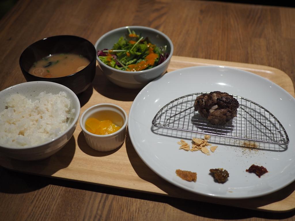 神戸で食べて感動をしたこだわりだらけの絶品ハンバーグが福島で食べられるようになりました! 福島区 「Bar Salu(バルザル) 福島店」