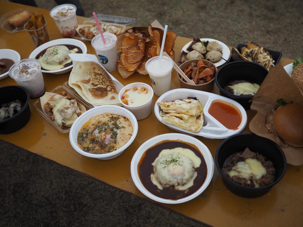 日本最大級のチーズの祭典!『チーズEXPO』が始まりました! @万博記念公園東の広場