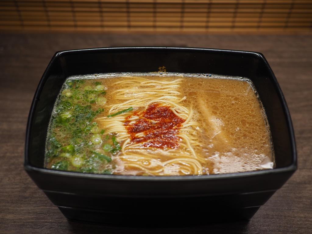 福岡でしか食べられなかった幻の『釜だれとんこつラーメン』が期間限定で大阪でも食べられます! 宗右衛門町 「一蘭 道頓堀店本館」