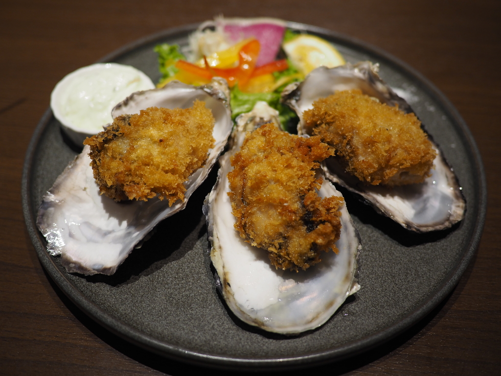絶品の牡蠣料理とロブスター料理が食べ放題という太っ腹企画はあまりにも満足感が高すぎます! 梅田 「フランダース テイル ハービスプラザ梅田店」