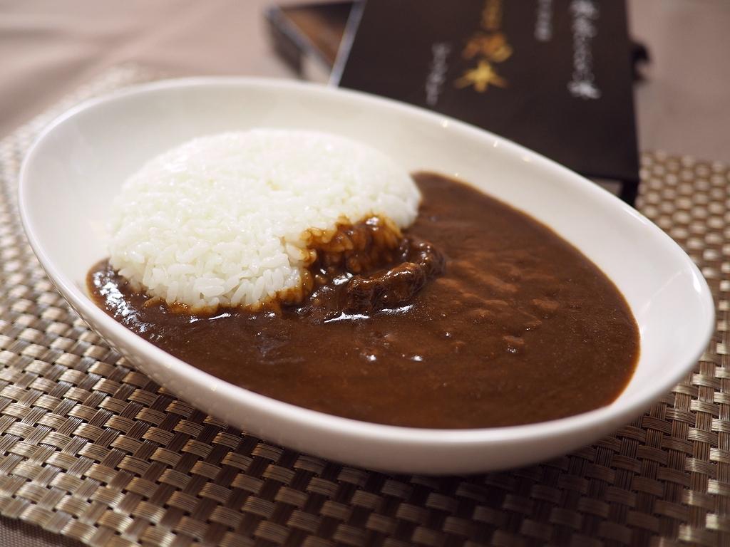 大好きな湯木さんでカレーのお取り寄せ!レトルトとは到底思えない欧風カレー史上最高峰の美味しさに思わず唸ってしまいました! 北新地 「日本料理 湯木」