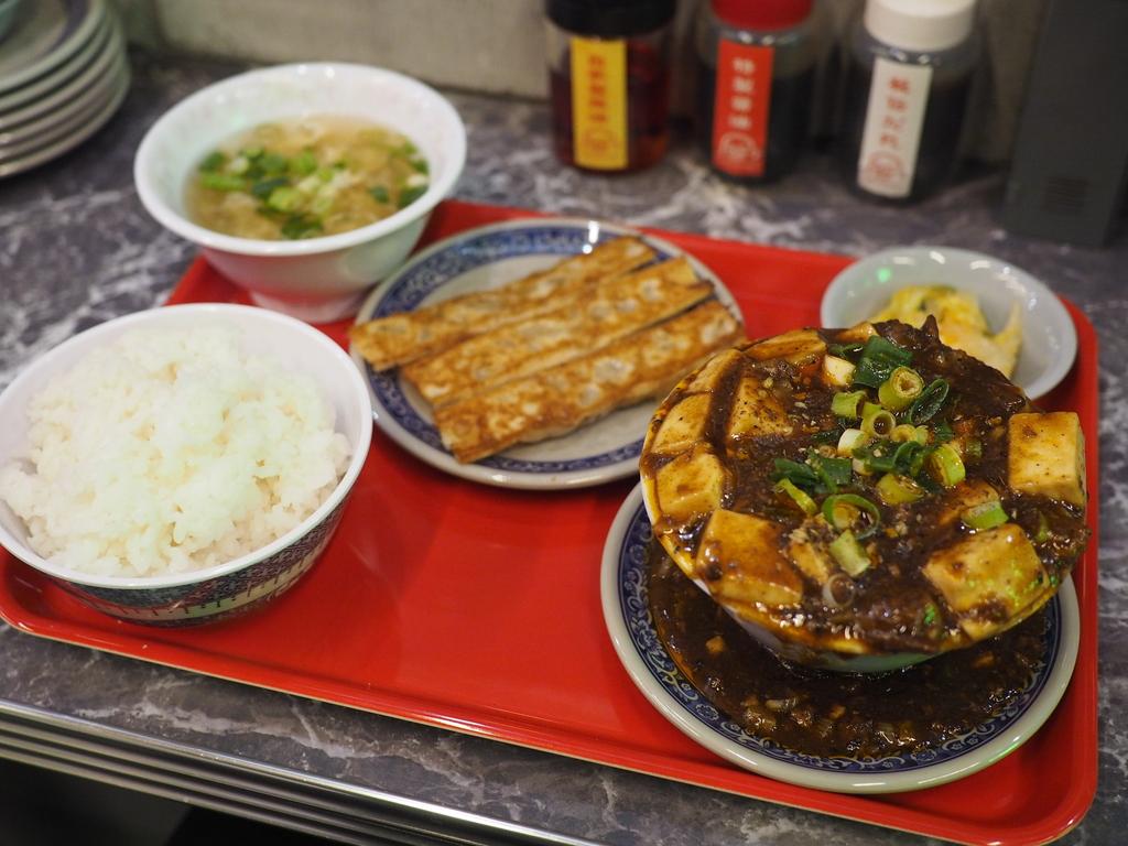 ホワイティうめだの行列ができる大人気台湾料理店の姉妹店が茶屋町にオープン! 梅田 「台北餃子 張記 茶屋町店」