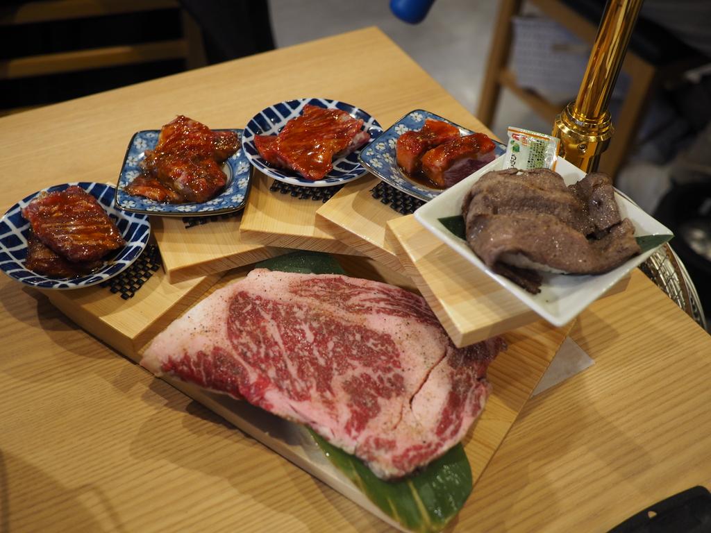 美味しいお肉がリーズナブルにいただける地元で大人気の焼肉屋さん! 千林大宮 「焼肉ホルモン まるよし精肉店 千林大宮店」