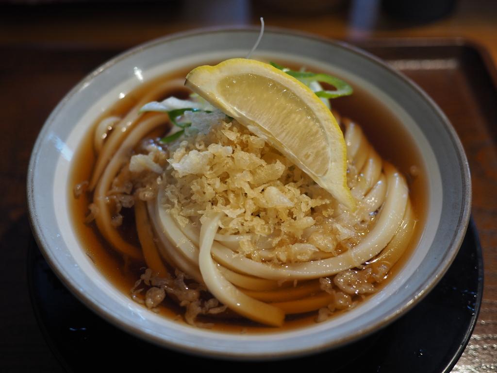 何度行っても何を食べても最高に美味しい讃岐うどんがいただける大人気うどん店! 兵庫県西宮市 「いわしや」