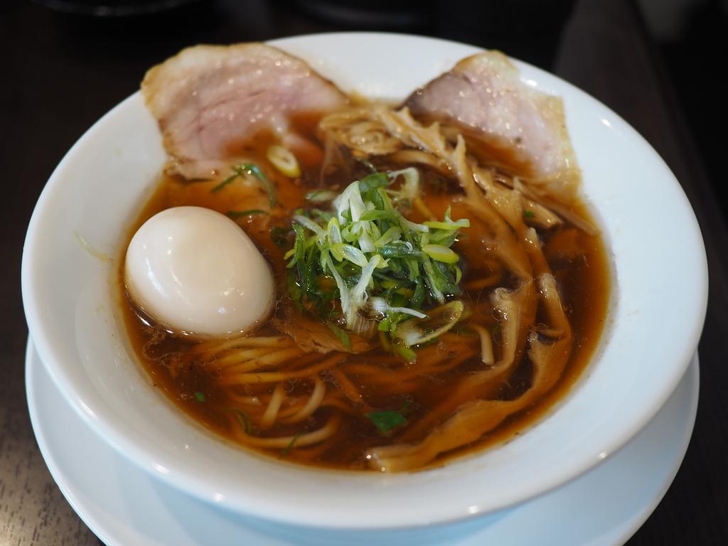 思わず唸ってしまうほど美味しいスープのラーメンと完成度の高すぎる絶品炒飯! 八尾市 「らーめん 四恩」