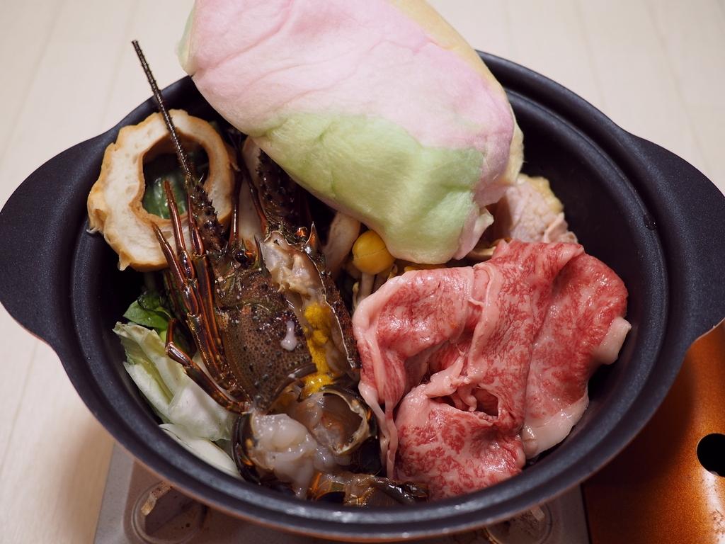 黒毛和牛の肉料理店の伊勢の食材にこだわった贅沢すき焼きセットをお取り寄せ! 天満 「肉kitchen 田なか 東洋ショー裏店」