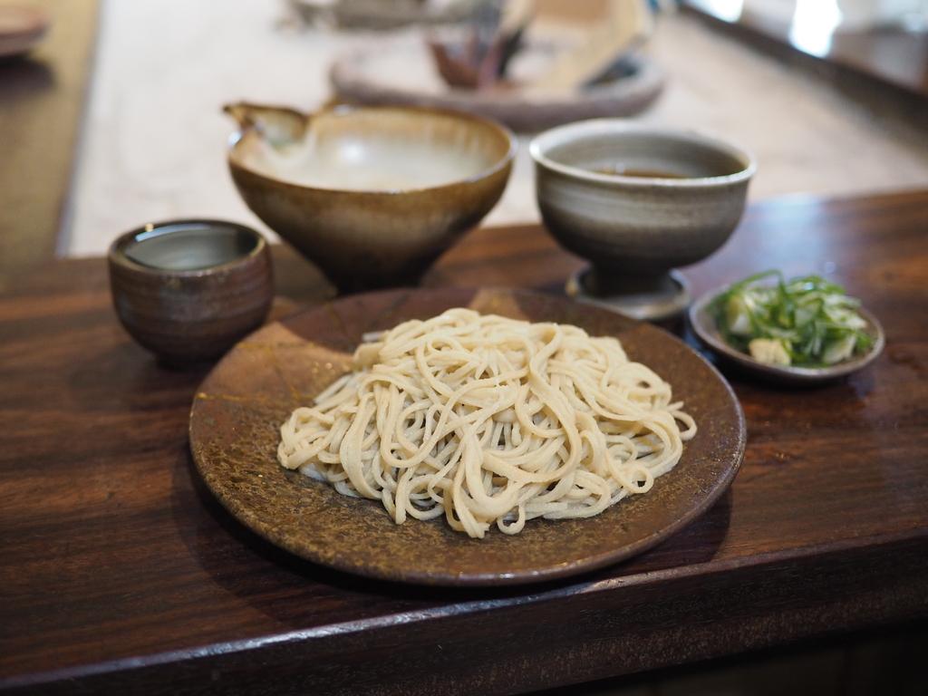 山奥にある凄まじい人気のお店で念願の美味しい十割蕎麦をいただきました! 丹波篠山市 「一眞坊」