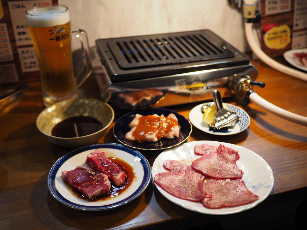 抜群の目利きで仕入れられた美味しいお肉がリーズナブルにいただける一人焼肉のお店がオープン! 南森町 「焼肉食堂 すーの家」